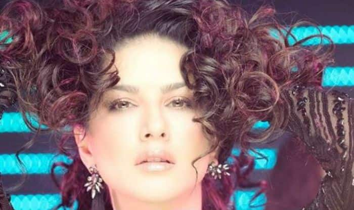 Sunny Leone Sensuously Poses in Sexy Black Sequin Dress And Flaunts Her Curly Hair, See Picture