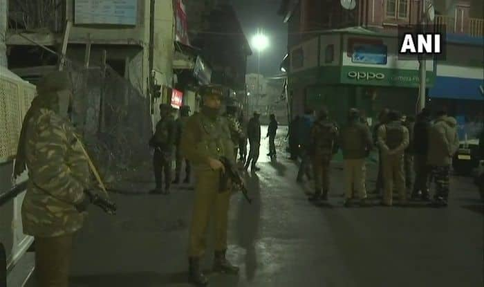 Jammu And Kashmir: Terrorists Lob Grenade at CRPF Near Lal Chowk in Srinagar