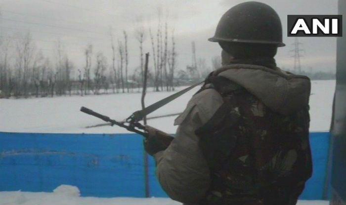Jammu And Kashmir: Five Terrorists Killed in Kulgam Encounter; 4 CRPF Jawans Injured in Stone-pelting