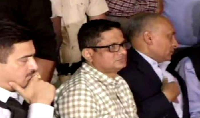 Chit Fund Scams: Kolkata Police Commissioner Rajeev Kumar to be Quizzed by CBI Again Today, Likely to be Confronted With Former TMC MP Kunal Ghosh