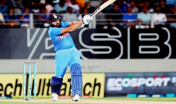 India vs New Zealand 2nd T20I: From Becoming Leading Run-Getter to Topping Six-Hitting Charts, Rohit Sharma Pips Virat Kohli, Chris Gayle, MS Dhoni, Martin Guptill to Own 7 T20I Records