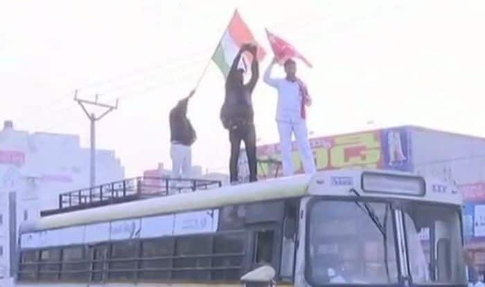 Andhra Pradesh: Congress, CPI Participate in Day-long Statewide Bandh Called by Pratyeka Hoda Sadhana Samithi For Special Category Status For State