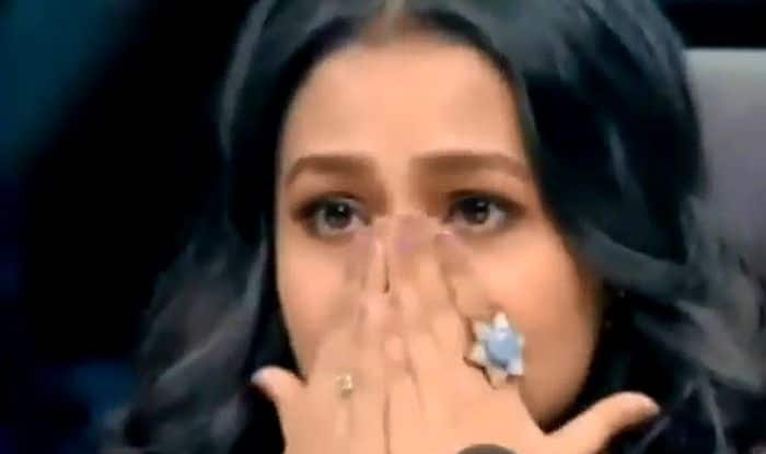 Neha Kakkar Breaks Down on Dance Reality Show, Gets Sympathy From Shilpa Shetty