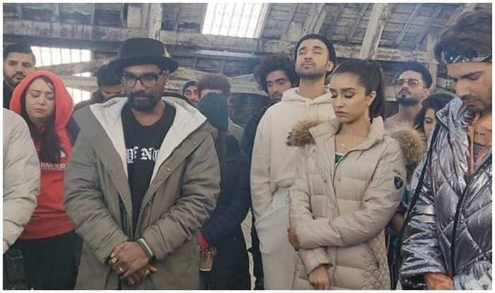 Pulwama Attack: Varun Dhawan-Shraddha Kapoor Pay Their Respects to Those Martyred, Team Street Dancer 3D Observe 2 Minutes Silence on Sets in London