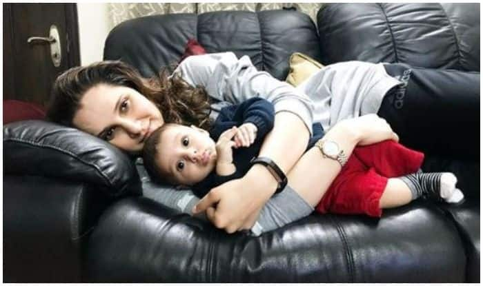 Indian Tennis Ace Sania Mirza Beams at Son Izaan Mirza Malik For THIS Reason, Picture Bowls Over Internet in Frenzy | SEE