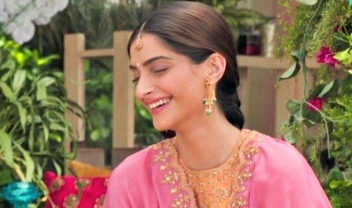 Ek Ladki Ko Dekha Toh Aisa Laga Box Office Collection Day 2: Sonam Kapoor-Rajkummar Rao's Film Mints Rs 7.95 Crore