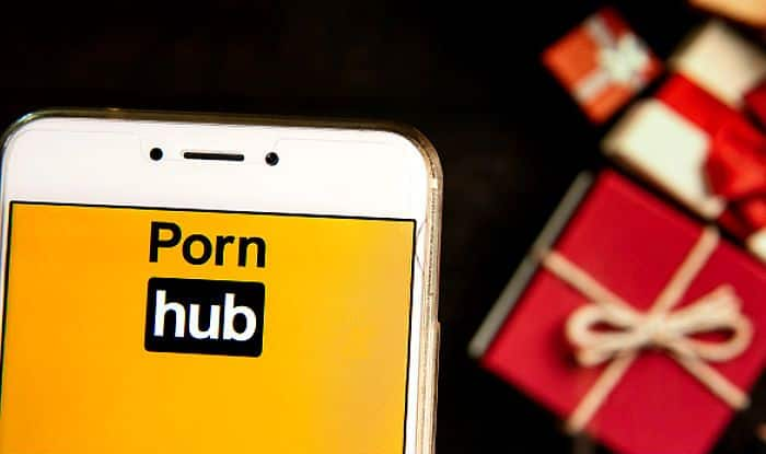 Pornhub is Offering Free Premium Content on Valentine's Day as Gift to Its Viewers