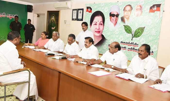 Lok Sabha Elections 2019: AIADMK Announces List of 20 Candidates For Upcoming Polls, Panneerselvam's Son to Contest From Theni