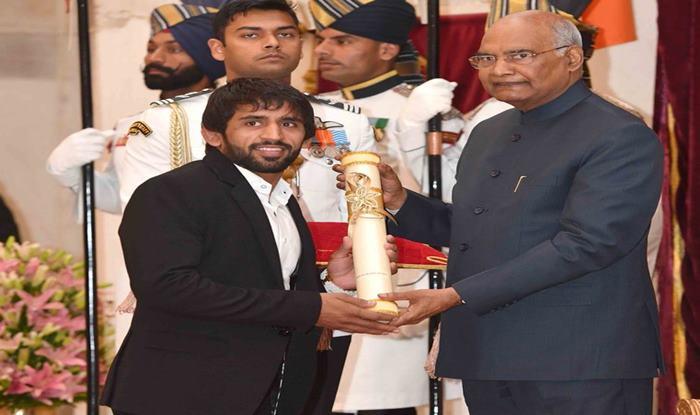 Padma Awards: President Ram Nath Kovind Confers Top Honours on Bajrang Punia, Sharath Kamal, Sunil Chhetri, Ajay Thakur at Rashtrapati Bhavan in Delhi   SEE PICS