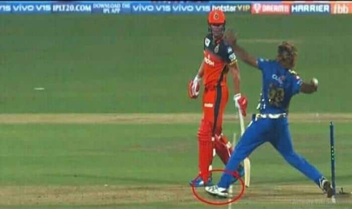 IPL 2019: Lasith Malinga Bowls No Ball on Final Delivery of Innings as RCB Fans Feels Cheated After Loss Against MI at M Chinnaswamy | WATCH VIDEO