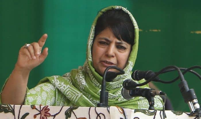 Jammu&Kashmir: Stones Pelted at Mehbooba Mufti's Motorcade in Anantnag