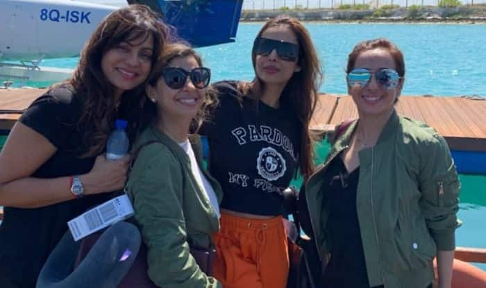 Malaika Arora Hosts Bachelorette in The Maldives Ahead of Wedding With Arjun Kapoor on April 19?