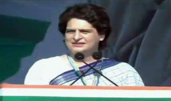 Lok Sabha Elections 2019: Priyanka Gandhi Attacks BJP in Her First Rally, Accuses it of Playing With People's Emotions For Political Gains