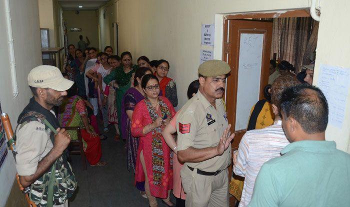 Polling in Anantnag