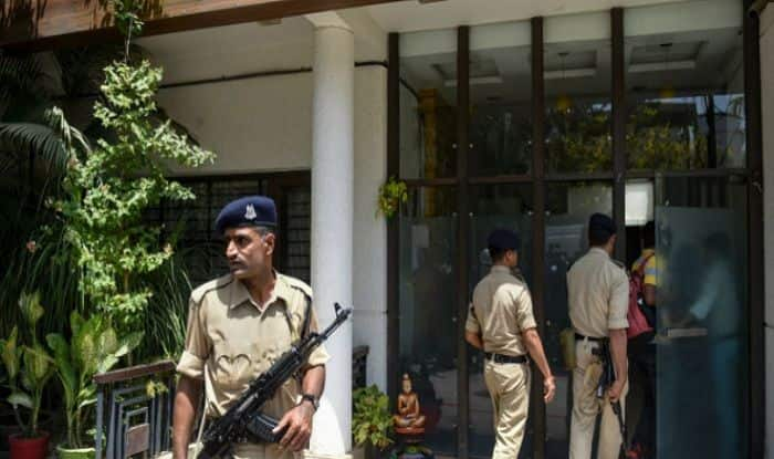 Madhya Pradesh Raids: IT Department Exposes Rs 281-Crore 'Collection Racket', Claims Part of Cash Transferred to 'Major Political Party' in Delhi