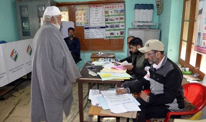 Polling booth in Baramulla