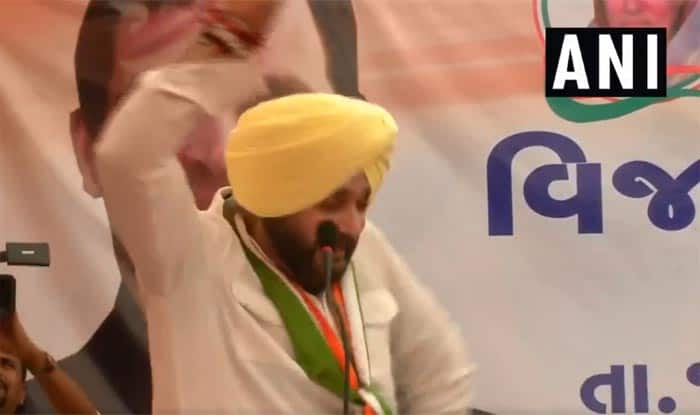 Beginning Today, Sidhu Barred From Campaigning For 72 Hours