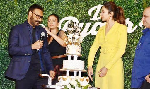Rakul Preet Singh Drops The First Song of De De Pyaar De And Fans Can't Keep Calm!