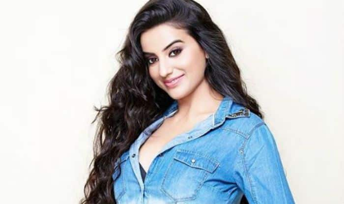 Bhojpuri Sensation Akshara Singh Posed in Denim-on-Denim and We Can't Take Our Eyes Off Her