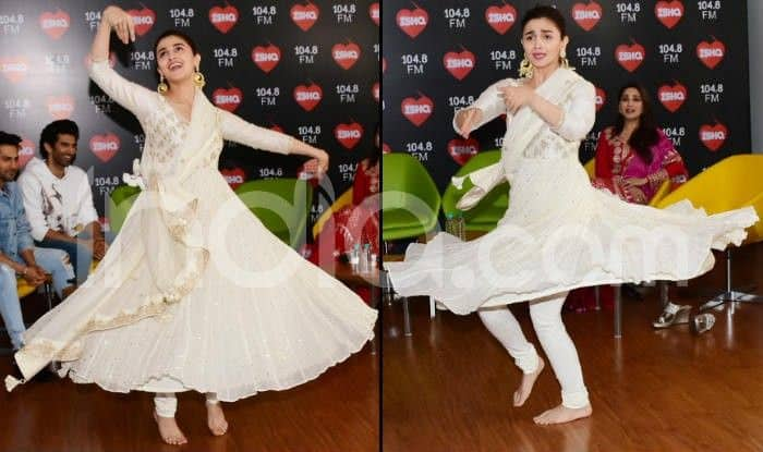 Alia Bhatt Performs Ghar More Pardesiya During Kalank's Promotion And You Can't Take Your Eyes Off Her – Watch