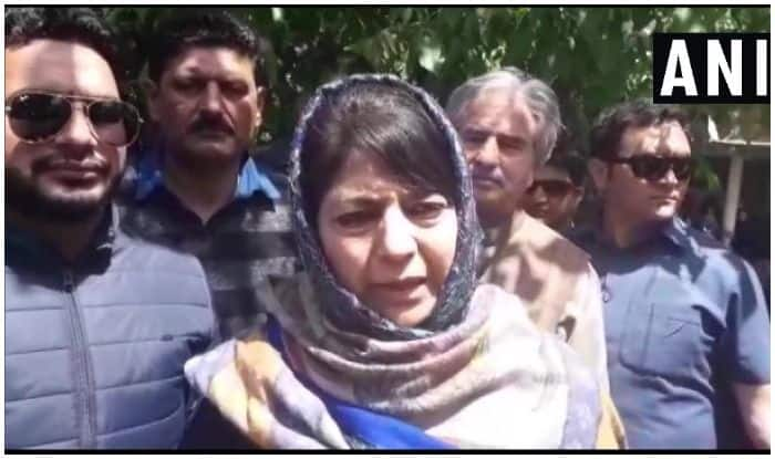'People in Fear After Evacuation,' Mehbooba Mufti Asks Opposition to Unite Against Article 35A