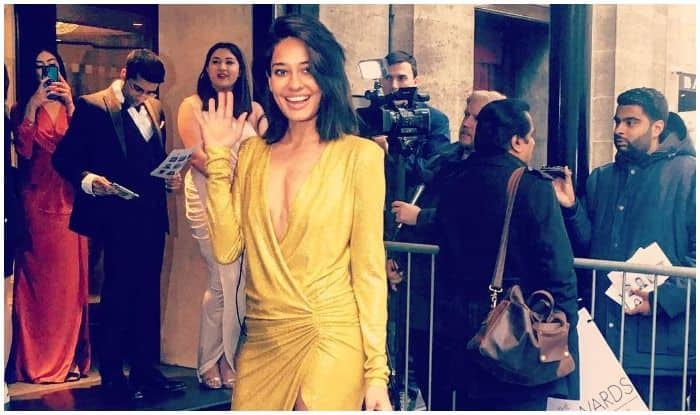 Lisa Haydon's Dazzling Golden Gown And Million Dollar Smile Will Add All The Missing Shimmer to Your Weekend!
