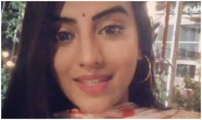 Akshara Singh Leaves Fans Smitten With Latest Video, Encourages Them to Vote During Lok Sabha Elections 2019