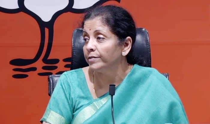 Union Budget 2019: 'Nari tu Narayani,' Says Sitharaman as She Speaks on Women Issues