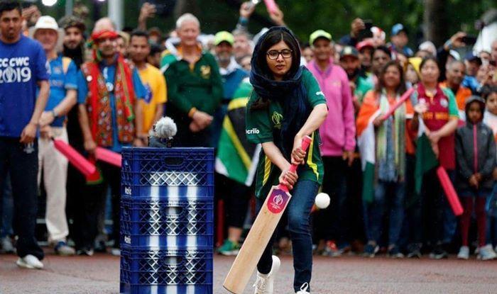 Malala Yousufzai, ICC Cricket World Cup 2019, World Cup 2019, Malala Yousufzai World cup 2019, Noble Prize Winner, India vs Pakistan, Farhan Akhar, Anil Kumble, Team India, Cricket News