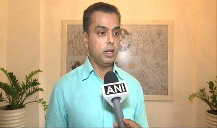 Milind Deora Out of Race to Become Congress Chief, Recommends Sachin Pilot or Jyotiraditya Scindia