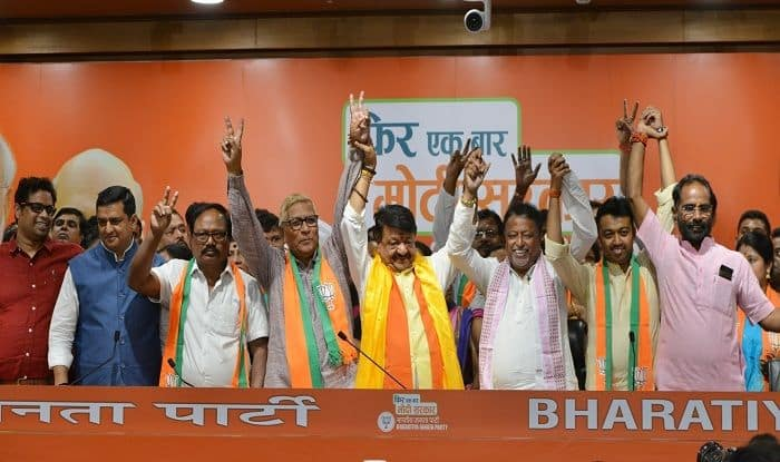 'It's Just The Beginning', BJP Mocks Mamata After Exit of 3 Bengal MLAs, Over 50 Councillors; TMC Retorts