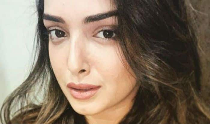 Bhojpuri Bomb Amrapali Dubey Poses Sensuously For The Camera in a 'No Makeup' Makeup Look
