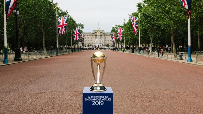 ICC World Cup 2019: Michael Clarke Introduces The Trophy; Australia Win 60 Seconds Challenge At The Inauguration Ceremony