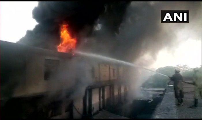 Delhi: Fire Breaks Out in Light Bulb Factory in Udyog Nagar
