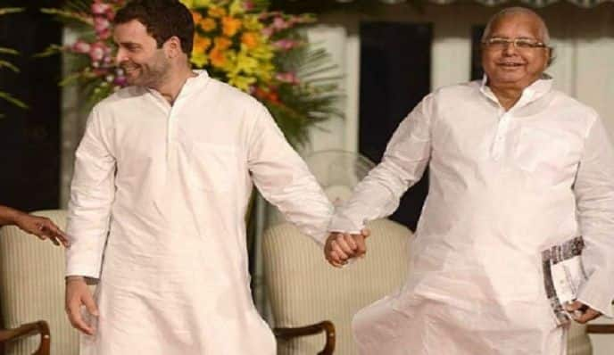 Rahul Gandhi's Offer to Resign Will be 'Suicidal' For All Social, Political Forces Battling Against Sangh Parivar: Lalu Prasad Yadav