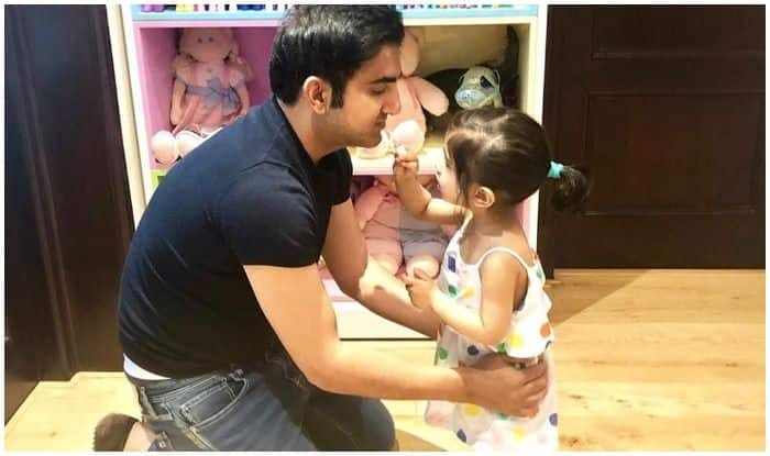 Gautam Gambhir Getting 'Ducks' Even Off-Field From His Little Munchkin is The Cutest Thing on The Internet Today!
