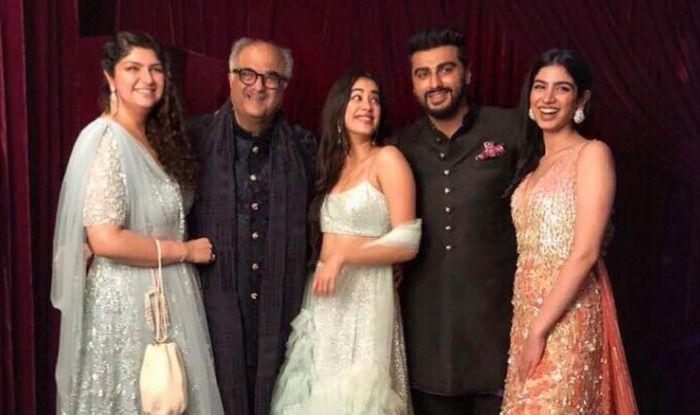 Arjun Kapoor, Boney Kapoor, Janhvi Kapoor, Anshula Kapoor, Khushi Kapoor