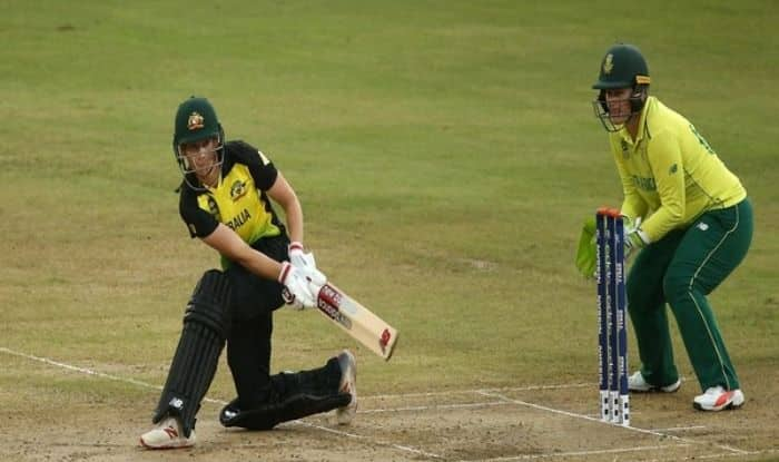 Australia captain Meg Lanning and South Africa Wicket Keeper Lizelle Lee