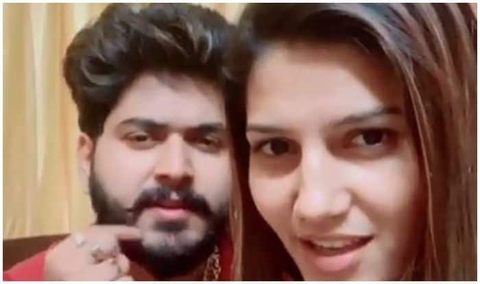 Haryanvi Hot Bomb Sapna Choudhary Shares Another Dance Video With Boyfriend, Watch