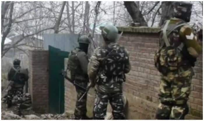 Terrorist Killed in Encounter With Security Forces in J&K's Kulgam, Op Underway