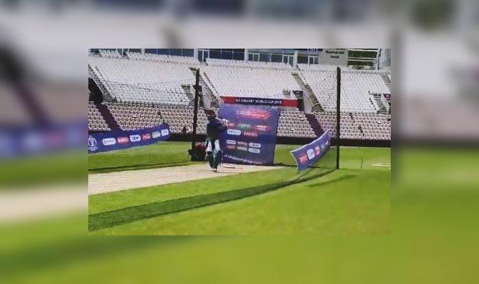 MS Dhoni,MS Dhoni Nets,ICC World Cup 2019,ICC Cricket World Cup 2019, Cricket News, Team India, Indian Cricket Team, Ind vs SA, SA vs Ind