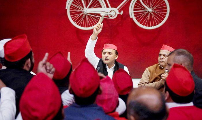 If Coalition is Broken, Then Will Reflect Deeply on it: Akhilesh Yadav; Declares Will Fight Bypolls Alone Like Mayawati