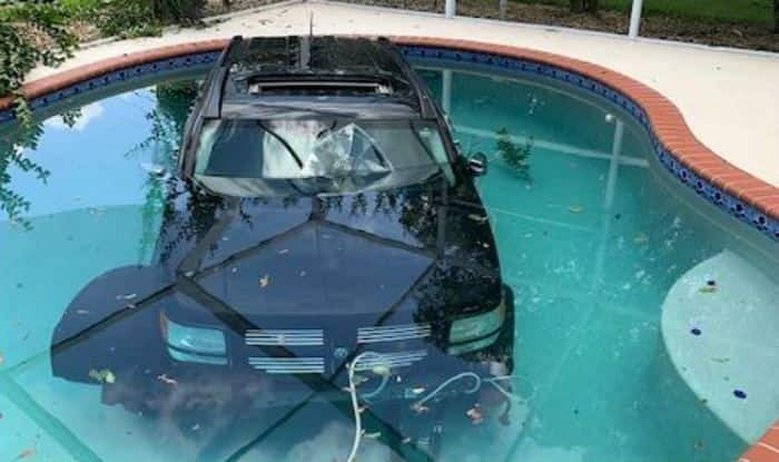 Florida Driver drives the car into pool