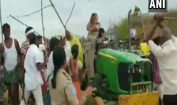 Telangana: Woman Forest Officer, Team Attacked With Sticks by TRS Workers