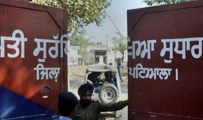 Mohinder Pal Singh Bittoo murder, Dera Sacha Sauda, Guru Granth Sahib desecration