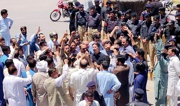 Muzaffarabad: 60 Protestors Arrested For Seeking Curb on Neelum Jhelum River Project in PoK