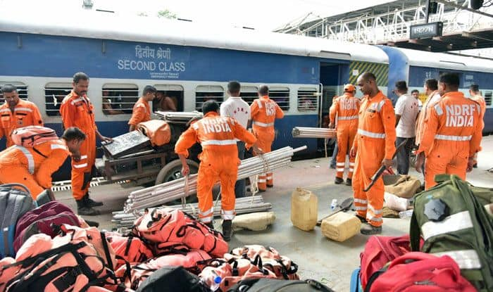NDRF personnel gear up for evacuation drive. Photo Courtesy: IANS