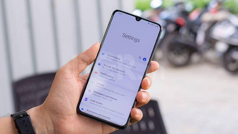 Samsung Galaxy A30, Galaxy A70 get new software updates that enhance security