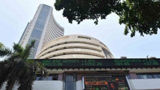 Sensex Ends Modestly Higher After Volatile Session; Auto, Bank Stocks Slip