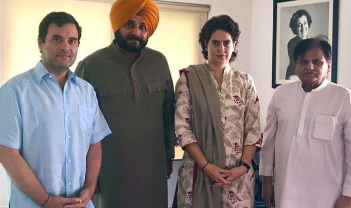 Amid Tussle With Punjab CM, Navjot Singh Sidhu Meets Rahul, Apprises Him of 'Situation'